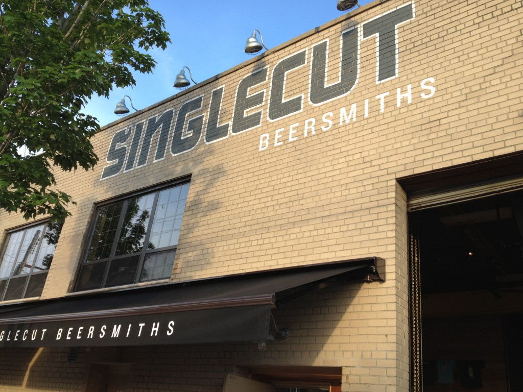 SINGLECUT BEERSMITHS, 19-33 37th Street (between 20th Avenue and 19th Avenue), Astoria, Queens