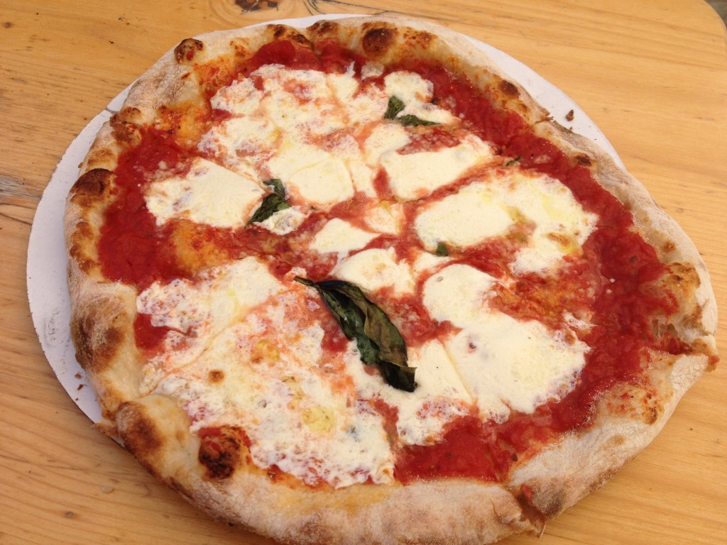 Margherita Pizza at PIZZA MOTO