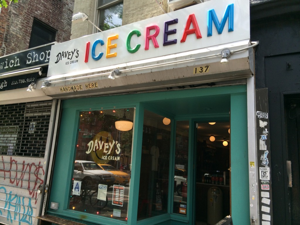 DAVEY'S ICE CREAM, 137 First Avenue (between East 9th Street and St. Marks Place), East Village